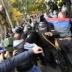 Появилось видео жестокого избиения полицейского под Радой